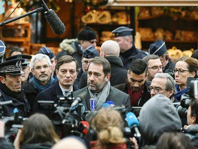 Le ministre de l'Intérieur Christophe Castaner lors de la réouverture du marché de Noël après l'attentat, à Strasbourg, le 14 décembre 2018 - SEBASTIEN BOZON [AFP/Archives]