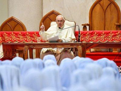 Le pape François s'adresse à des religieuses, le 22 novembre 2019 à Bangkok    Vincenzo PINTO [AFP]