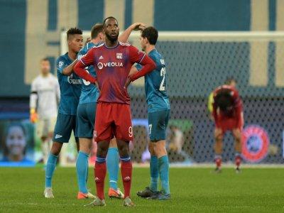 L'attaquant de Lyon Moussa Dembélé dépité après un but du Zenit en Ligue des champions, le 27 novembre 2019 à Saint-Pétersbourg    Olga MALTSEVA [AFP]