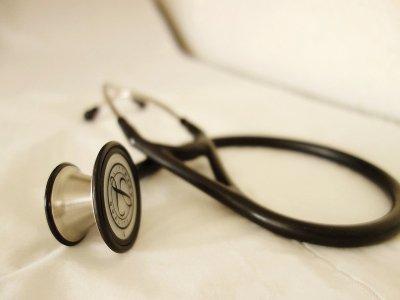 Un médecin pour chacun s'inquiète des sanctions contre le Dr Meheut-Ferron. Illustration    Pixabay