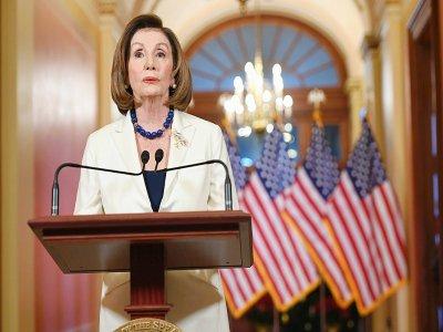 Le chef des démocrates Nancy Pelosi annonce qu'elle demande la rédaction de l'acte d'accusation du président Donald Trump depuis le Capitole à Washington, le 5 décembre 2019    SAUL LOEB [AFP]
