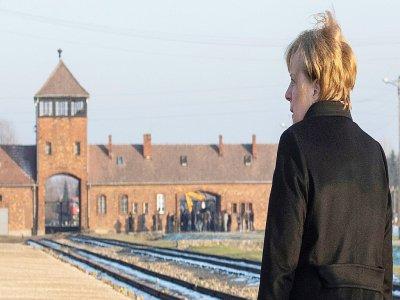 La chancelière allemande Angela Merkel au camp nazi d'Auschwitz-Birkenau, en Pologne, le 6 décembre 2019    John MACDOUGALL [AFP]
