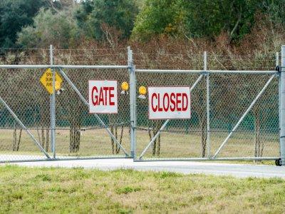 La base aéronavale de Pensacola, dans le nord-ouest de la Floride, a été placée en état de confinement pendant la fusillade, le 6 décembre 2019    Josh Brasted [GETTY IMAGES NORTH AMERICA/AFP]