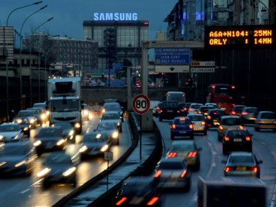 07H00 sur les routes d'Ile-de-France en raison de la paralysie des transports en commun liée à la mobilisation contre la réforme des retraites,    BERTRAND GUAY [AFP/Archives]