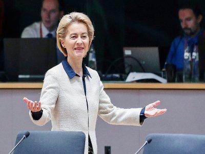 La présidente de la commission européenne Ursula von der Leyen à l'ouverture du deuxième jour du Sommet européen à Bruxelles, le 13 décembre 2019    ARIS OIKONOMOU [AFP]