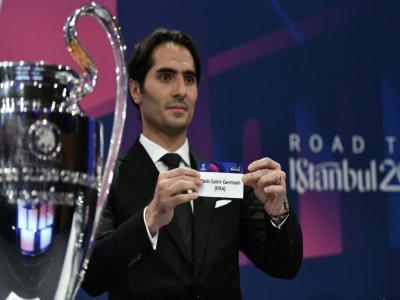 L'international turc Hamit Altintop lors du tirage au sort des 8e de finale de la C1, le 16 décembre 2019 à Nyon en Suisse    Fabrice COFFRINI [AFP]