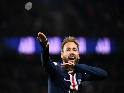 La joie de l'attaquant du PSG Neymar après avoir inscrit un but contre Amiens, en L1 au Parc des Princes, le 21 décembre 2019    FRANCK FIFE [AFP]