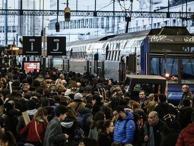 Affluence gare de Lyon le 20 décembre 2019    Philippe LOPEZ [AFP/Archives]