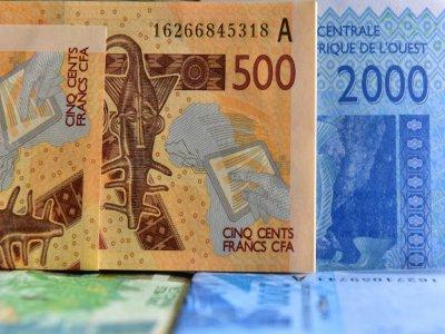 Des francs CFA en septembre 2017 en Côte d'Ivoire    ISSOUF SANOGO [AFP/Archives]
