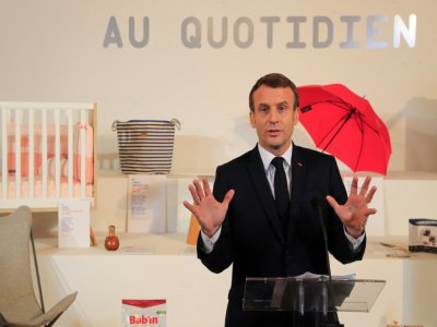 "Emmanuel Macron inaugure l'exposition ""Made in France"" à l'Elysee, le 17 janvier 2020"