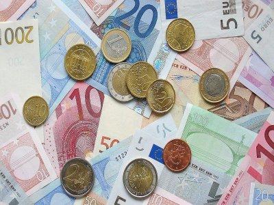 Lisieux fait partie des villes retenues pour accueillir les services de Finances publiques d'Ile-de-France qui seront délocalisés.    Pixabay