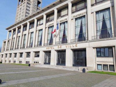 Qui sera le prochain maire du Havre? Réponse le dimanche 22 mars s'il y a deux tours. Le premier est prévu une semaine avant, le 15 mars.    Joris Marin