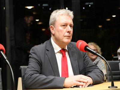 """Jean-Paul Lecoq, député communiste de Seine-Maritime, parle d'un plan de déconfinement """"cacophonique""""."""