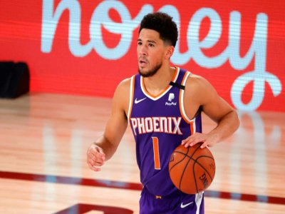 Devin Booker, auteur de 35 points lors de la victoire de Phoenix face aux Los Angeles Clippers