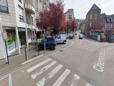 Chemin de Clères à Bois-Guillaume, 94 clients privés d'électricité après l'inondation d'un transformateur.    Google Street View