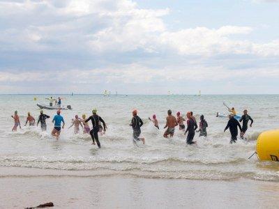 Vendredi 28 et samedi 29 août, Eau Libre en Baie va animer la côte dans la Baie de Jullouville. - ELB