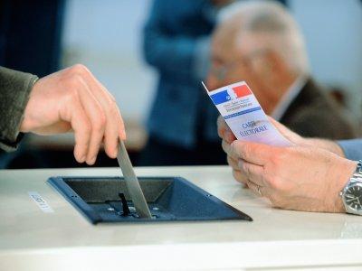 Près de 100 000 citoyens sont appelés aux urnes dimanche 20 septembre pour le premier tour des élections législatives partielles sur la 5e circonscription.