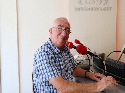 Michel Allais, 73 ans, est retraité et se présente sur la 5e circonscription de la Seine-Maritime.