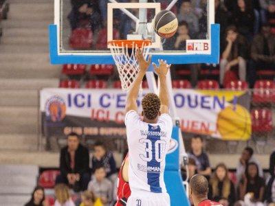 Le Rouen Métropole Basket s'est imposé pour sa première sortie en Coupe de France face à Lorient, mercredi 23 septembre.    FLOHIC Romain