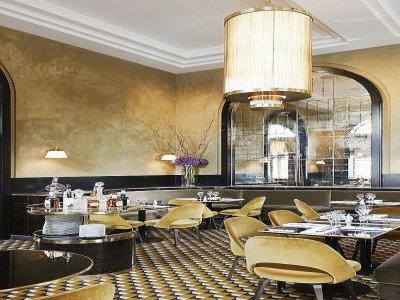 Un restaurant bistronomique ouvrira ses portes sur le domaine.