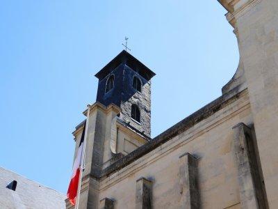 Le clocheton, ajouté en 1812, doit être restauré.