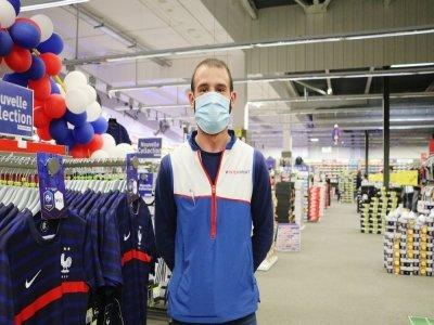 Face à la demande, Quentin Donas craint une pénurie de maillots, comme en 2018.