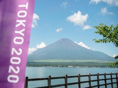 Vue du Mont Fuji, près duquel se dérouleront les épreuves de cyclisme sur route des Jeux olympiques de Tokyo, prise le 19 juillet 2021    Charly TRIBALLEAU [AFP/Archives]