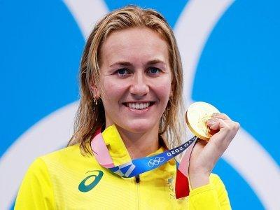 L'Australienne Ariarne Titmus sur la plus haute marche du podium du 200 m libre à Tokyo, le 28 juillet 2021    Odd ANDERSEN [AFP]
