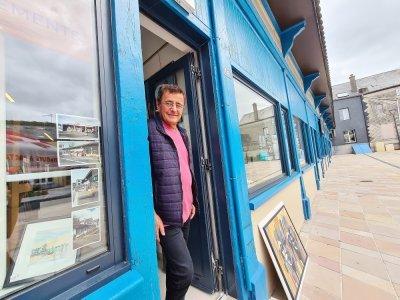Claude Goument est le doyen des artisans, installés ici depuis des années avant la restauration.