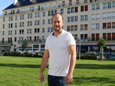 Le Caennais Alexis Wiel lance une borne pour contrôler les pass sanitaires.