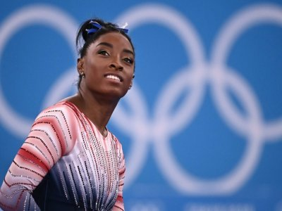 L'Américaine Simone Biles, avant de participer à la finale de la poutre aux Jeux olympiques de Tokyo, le 3 août 2021    Lionel BONAVENTURE [AFP]