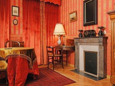 La maison a été restaurée dans l'état originel.    Maison familiale Martin