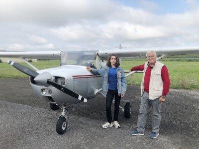 Roméo Cauchy est accompagné dans sa formation par l'instructeur pilote professionnel Christian Vannier.