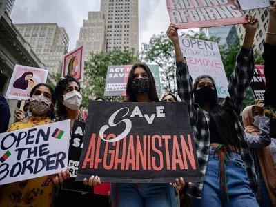 Des manifestants alertent sur la situation de l'Afghanistan à New York, le 28 août 2021    Ed JONES [AFP]