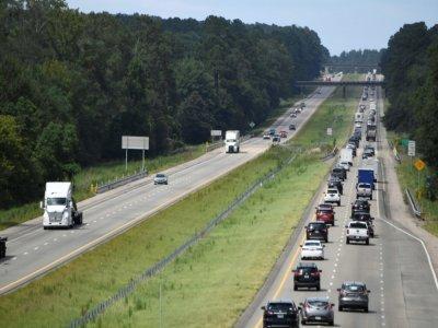 Embouteillages sur l'autoroute 55 suite aux évacuations de la Nouvelle-Orléans, le 28 août 2021, avant l'arrivée de l'ouragan Ida    Patrick T. FALLON [AFP]