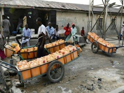 Vendeurs d'eau à Maiduguri le 1er février 2021    Audu Marte [AFP]
