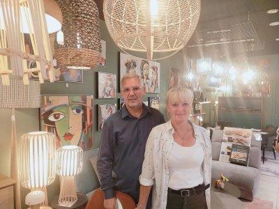 Denis et Fabienne Pichard ont ouvert leur commerce de décoration d'intérieur dans le centre commercial d'Hérouville-Saint-Clair.    Mathieu Marie