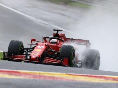 Le pilote Ferrari Monégasque Charles Leclerc lors des qualifications du Grand Prix de Belgique sur le circuit de Spa-Francorchamps le 28 août 2021.    KENZO TRIBOUILLARD [AFP]