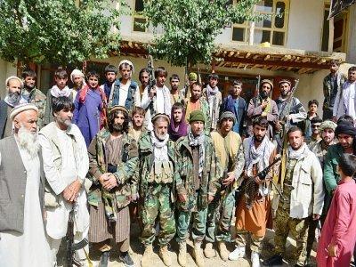 Des combattants anti-talibans rassemblés dans le district de Khenj, dans la vallée du Panchir, le 31 août 2021    AHMAD SAHEL ARMAN [AFP]