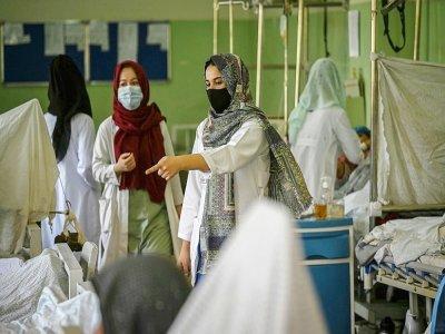 Des infirmières afghanes à l'hôpital Wazir Akbar Khan, le 1er septembre 2021 à Kaboul    Aamir QURESHI [AFP]