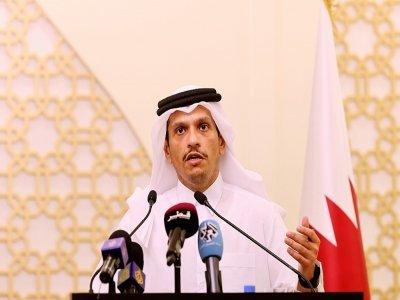 Le ministre des Affaires étrangères du Qatar Mohammed ben Abdulrahman al-Thani, lors d'une conférence de presse à Doha, le 31 août 2021 pour s'exprimer sur la situation en Afghanistan    KARIM JAAFAR [AFP/Archives]