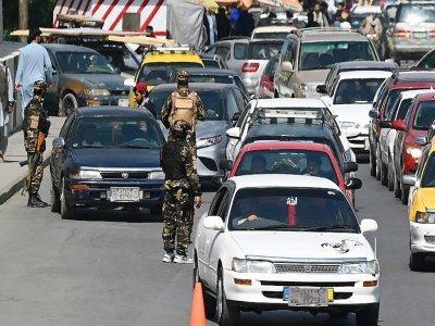Des soldats talibans à un check point dans le centre de Kaboul le 4 septembre 2021    Aamir QURESHI [AFP]