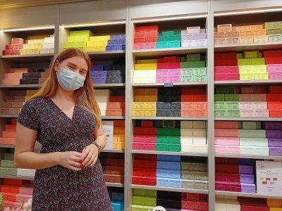 Julie Garrigue vous propose une très large gamme de savons de Marseille.    Guillaume Lemoine