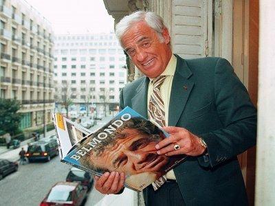 Jean-Paul Belmondo, le 4 avril 1996 à Paris    Vincent AMALVY [AFP/Archives]