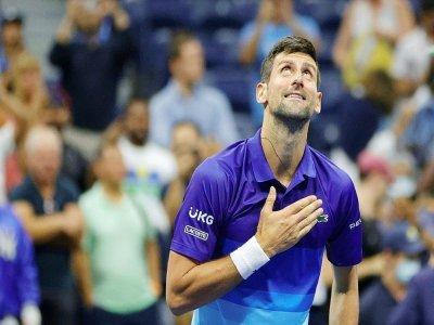 Le Serbe Novak Djokovic, après sa victoire en quart de finale de l'US Open contre l'Italien Matteo Berrttini le 8 septembre 2021 à New York, n'est qu'à deux matches d'un Grand Chelem calendaire historique - Sarah Stier [GETTY IMAGES NORTH AMERICA/AFP]