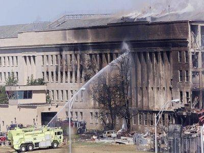Le Pentagone en feu à Washington, le 11 septembre 2001    STEPHEN JAFFE [AFP/Archives]