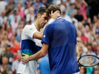 Le Russe Daniil Medvedev et le Serbe Novak Djokovic à l'US Open, le 21 septembre 2021 à New York    Kena Betancur [AFP]