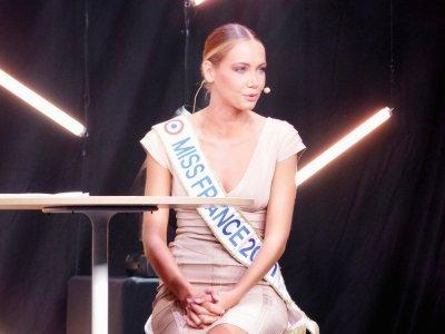 """En route pour Miss France 2022 Amandine Petit a repris la route pour assister aux élections régionales des Miss, mais elle ne fait pas partie des jurés: """"Je n'en serais pas capable, je voterais pour tout le monde tant les candidates sont toutes cou    Guillaume Lemoine"""