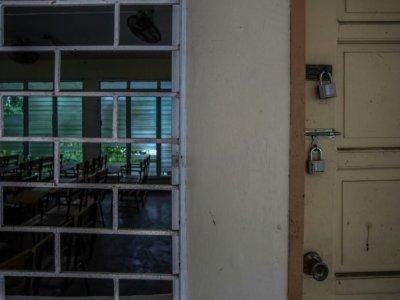 Une classe vide et fermée dans une école de Manille, le 8 septembre 2021 à Manille, aux Philippines    Jam STA ROSA [AFP]