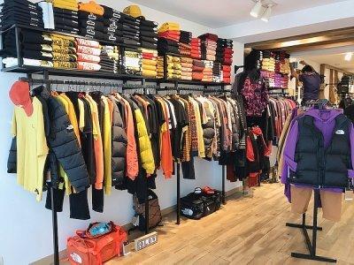Toujours autant de choix dans la nouvelle boutique située au 92 rue Saint-Pierre. - Nathalie Hamon